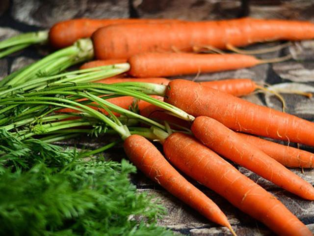 Thực phẩm giúp giữ ấm cơ thể và phòng bệnh cho mẹ bầu ngày lạnh buốt - Ảnh 1