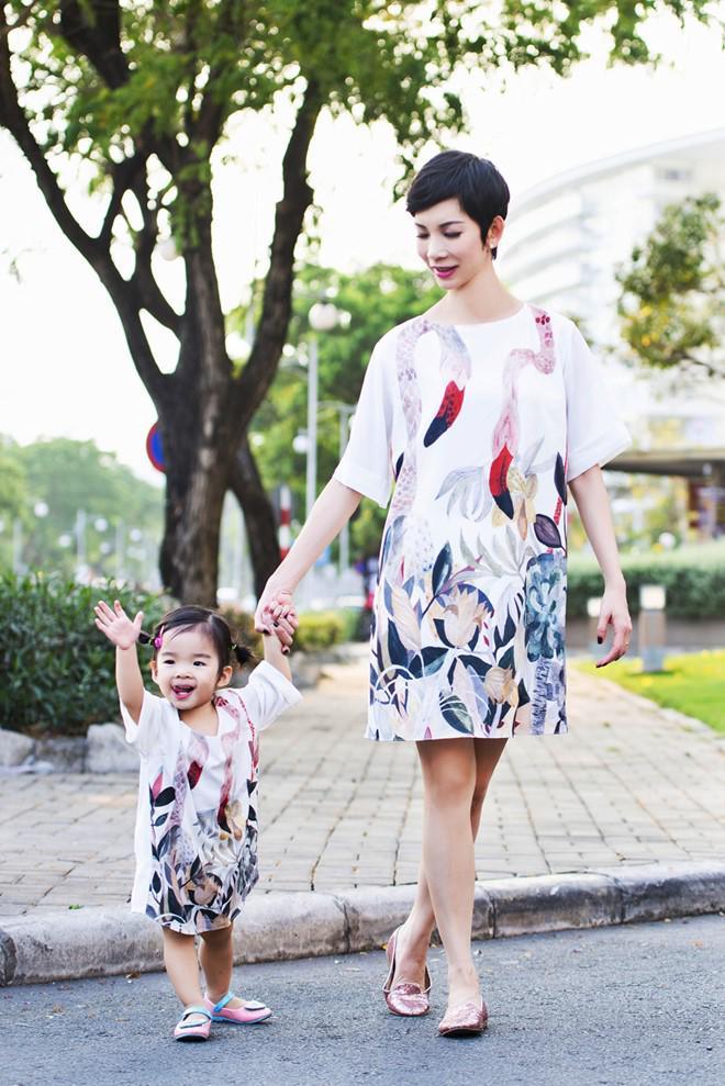 Chỉ mẹ đơn thân mới hiểu đến tận cùng: Sao Việt nhói lòng khi con bất ngờ hỏi về bố - Ảnh 6