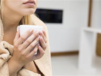 Triệu chứng ớn lạnh trong người ngỡ đơn giản nhưng tiềm ẩn nhiều nguy hiểm về sức khỏe
