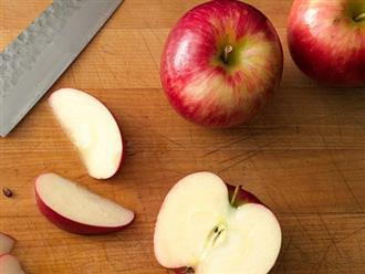 Gọt táo không thâm và những thói quen ăn uống 'nhàn thân'