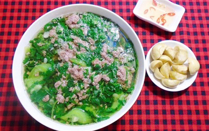 Cách nấu món canh cua rau đay giải nhiệt mùa nắng nóng cho bà bầu - Ảnh 1