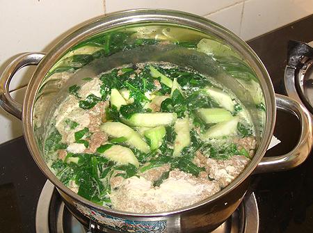 Cách nấu món canh cua rau đay giải nhiệt mùa nắng nóng cho bà bầu - Ảnh 6