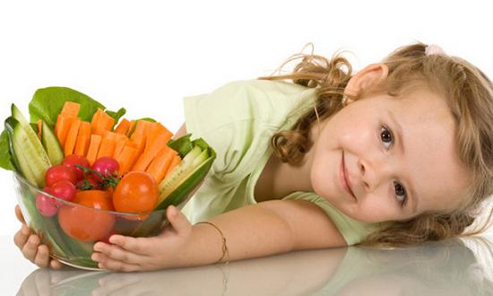 Trẻ bị viêm họng nên ăn gì để nhanh lành bệnh? - Ảnh 2