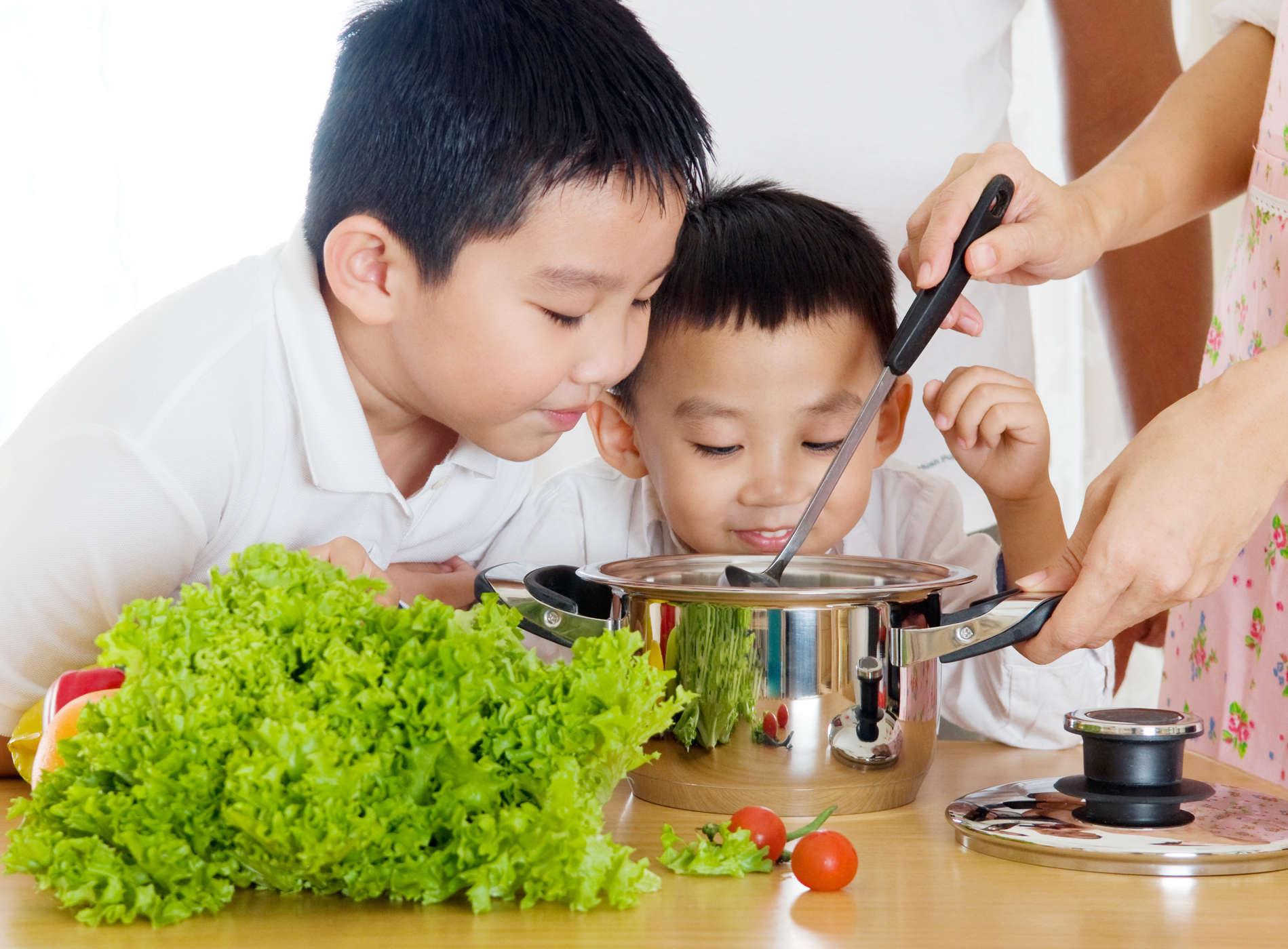 Trẻ bị táo bón: Nguyên nhân, cách điều trị và phòng ngừa - Ảnh 3