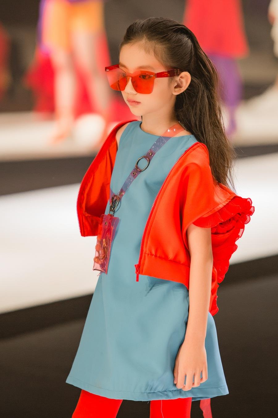 Con gái nhà sao Việt thừa hưởng nhan sắc từ bố mẹ, dự đoán là hoa hậu tương lai - Ảnh 12