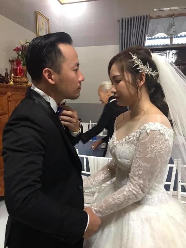 Cận cảnh nhan sắc vợ kém 10 tuổi của Tiến Đạt: So với Hari Won không hề lép vế - Ảnh 13