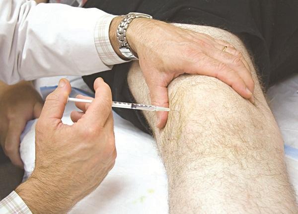 Để điều trị thoái hóa khớp, Y học hiện đại thường sử dụng các loại thuốc kháng viêm, giảm đau