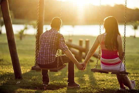 Những hành động nhỏ nhặt và đơn giản sẽ giúp củng cố mối quan hệ của hai người