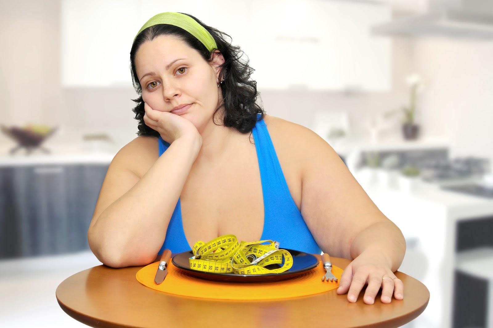 Tại sao phụ nữ trên 40 tuổi kiêng ăn nhưng vẫn béo? - Ảnh 1