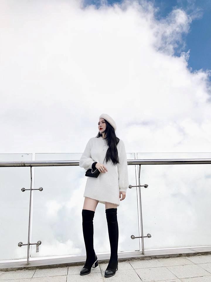 Em gái Hương Tràm 'cực chất' với street style sành điệu chẳng kém cạnh mỹ nhân Vbiz - Ảnh 6