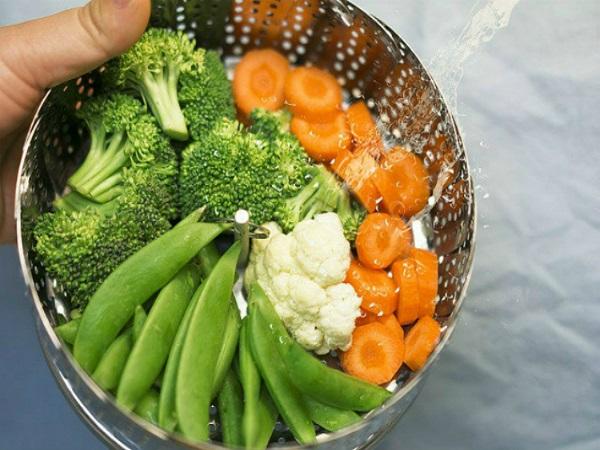 4 tác hại khi bữa ăn thiếu chất xơ - Ảnh 1