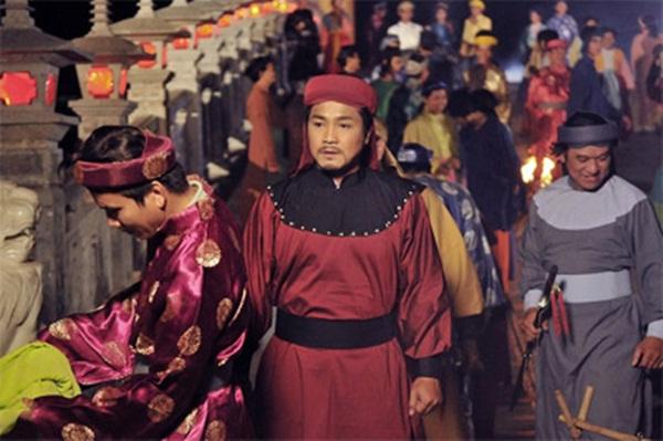 Diễn viên Lý Hùng: 'Nếu đóng phim mà yêu thật thì tôi yêu cả trăm người' - Ảnh 1
