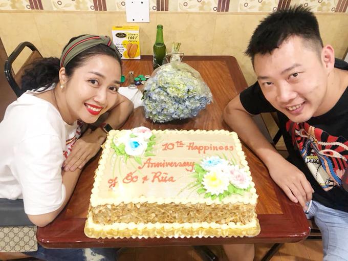 Vợ chồng Ốc Thanh Vân kỷ niệm 10 năm ngày cưới trên đất Mỹ - Ảnh 2