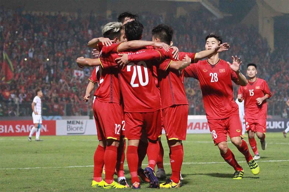 Bùng nổ tour đi Malaysia xem trận chung kết AFF Cup 2018 - Ảnh 1