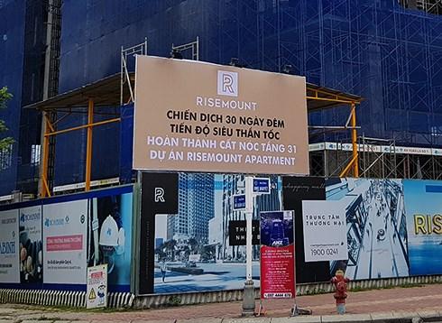 Dự án Risemount Apartment Đà Nẵng quyết tâm cất nóc tầng thứ 31 theo đúng kế hoạch đã định (Ảnh: HC)
