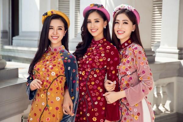 Hoa hậu Tiểu Vy cùng hai á hậu diện áo dài Xuân rạng rỡ khoe nhan sắc - Ảnh 4