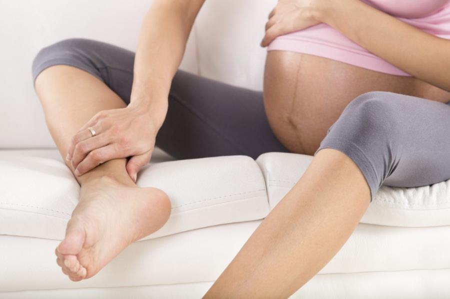 Thói quen tưởng bình thường mà hóa ra sai lầm làm thai nhi bị thiếu oxy trầm trọng, các mẹ bầu hãy bỏ ngay - Ảnh 2