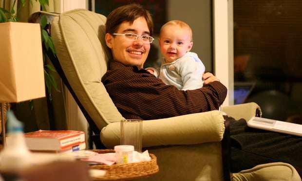 Người cha chuyển giới tự nuôi 2 con bằng bầu sữa của mình truyền cảm hứng cho hàng triệu người - Ảnh 3