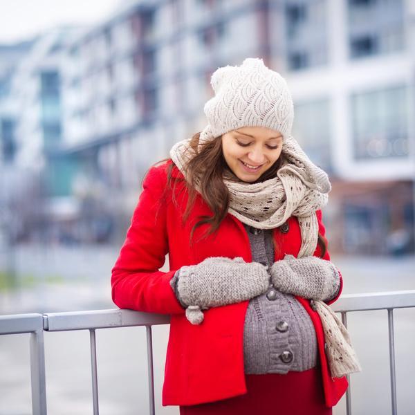 Trời lạnh, mẹ bầu cần tránh 7 điều này nếu không muốn con sinh ra bị dị tật - Ảnh 1