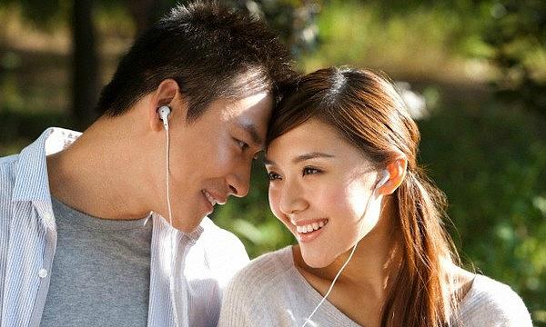 Chồng có đặc điểm này vợ TU 10 KIẾP mới lấy được, đàn bà hơn nhau ở tấm chồng quả không sai - Ảnh 1