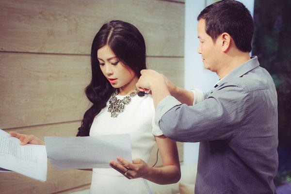 Tiết lộ thú vị chuyện váy áo khi lên sóng của MC truyền hình VTV - Ảnh 3