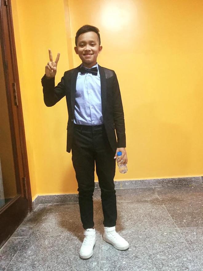 Hồ Văn Cường cao lớn, lột xác điển trai hẳn ra sau 2 năm trở thành quán quân Vietnam Idol Kid - Ảnh 7