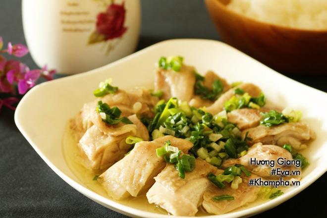 Cách làm gà hấp hành nóng hổi thơm ngon và lạ miệng - Ảnh 3