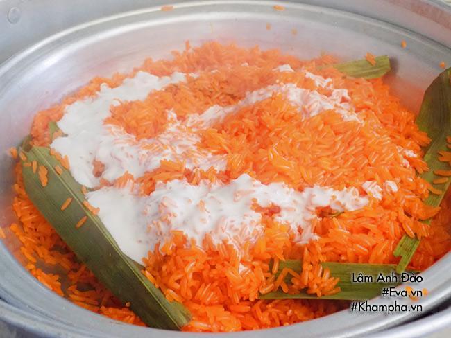 Xôi gấc cốt dừa vừa thơm vừa béo đem may mắn cho năm mới - Ảnh 4
