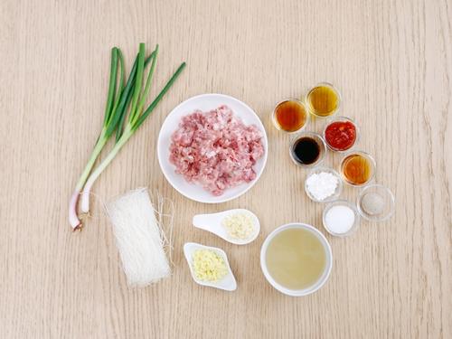 Miến sốt thịt băm cực ngon cho bữa sáng - Ảnh 1