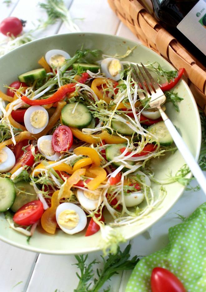 Giảm cân hiệu quả, làm đẹp làn da với món salad tổng hợp siêu ngon - Ảnh 3