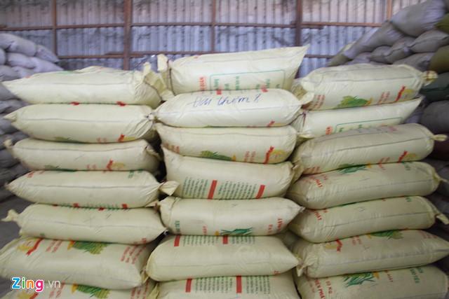 Phát hiện vụ giả nhãn hiệu hơn 1.000 tấn lúa giống - Ảnh 2