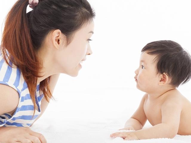 Tuyệt chiêu dạy trẻ sơ sinh nhanh biết nói, khiến cả nhà tự hào - Ảnh 1