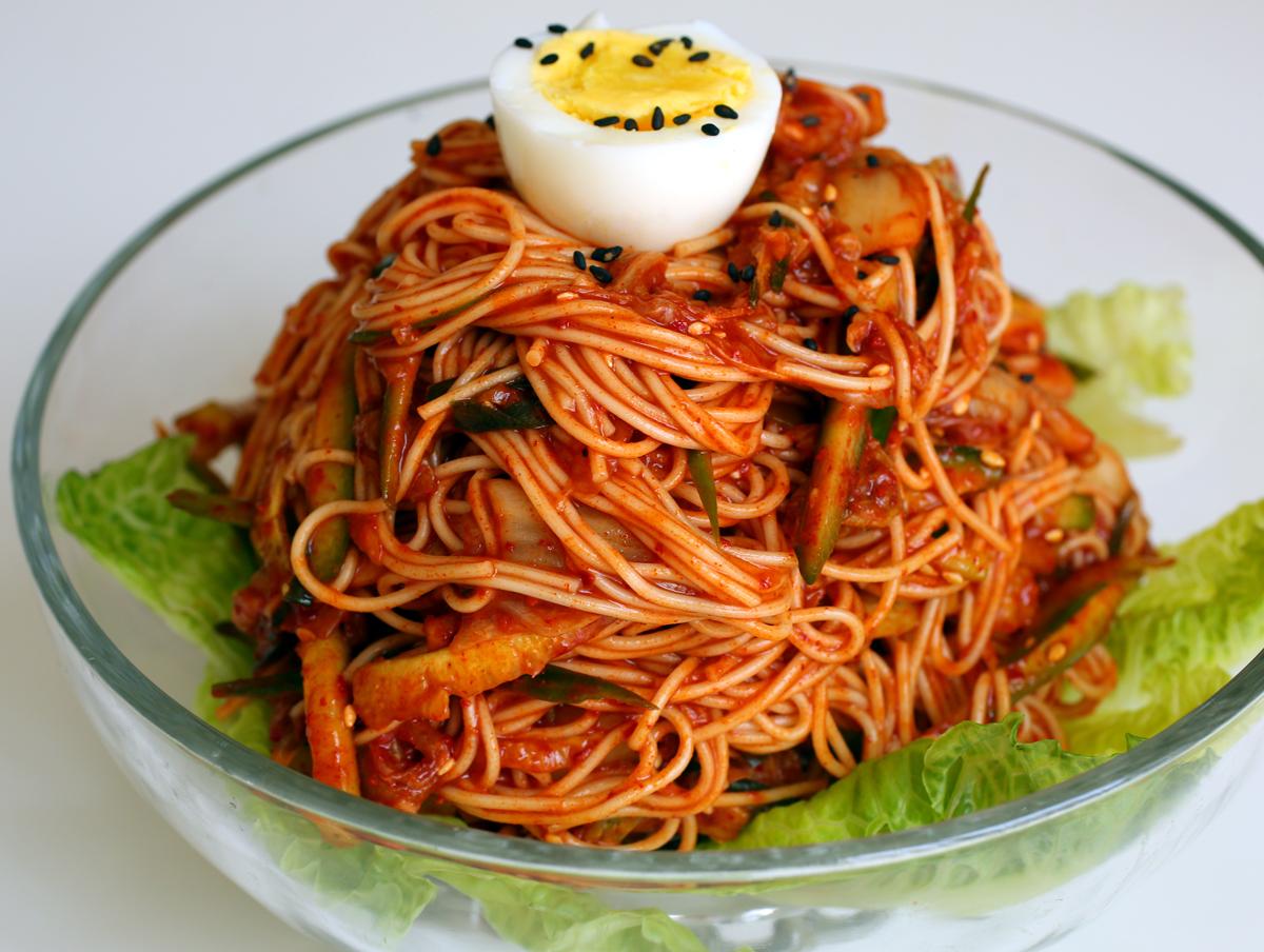 Kết quả hình ảnh cho Mì spaghetti Kim chi
