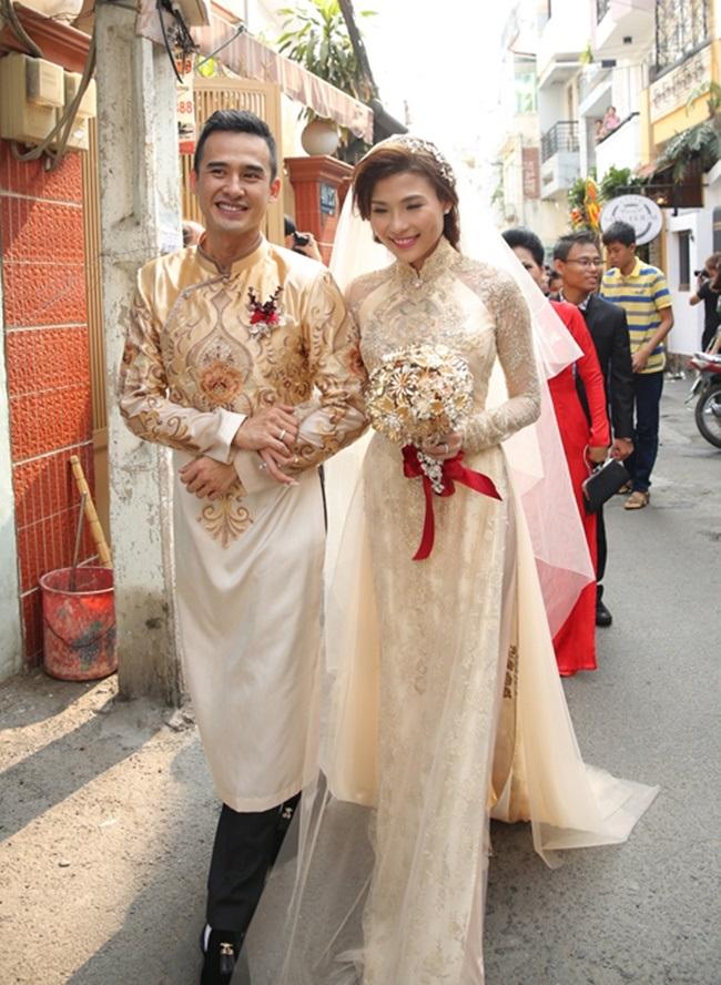 Một năm hỷ sự, sao Việt nào mặc đồ truyền thống đẹp nhất - Ảnh 11
