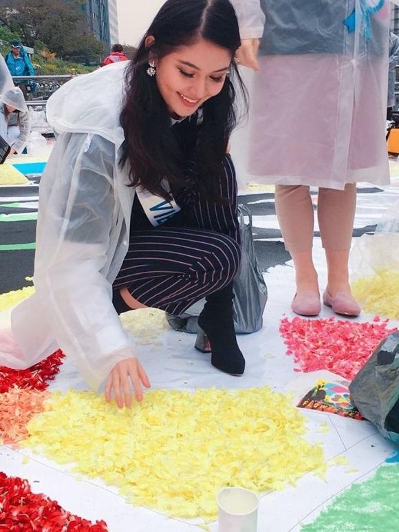 Á hậu Thùy Dung dính bệnh thủy đậu ngay trước thềm chung kết Hoa hậu Quốc tế 2017: Nhan sắc xuống dốc nghiêm trọng - Ảnh 3