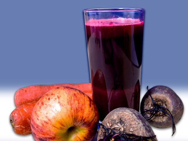 Hỗn hợp nước ép này hội tụ đầy đủ những chất dinh dưỡng cần thiết để bạn có được một đôi mắt khỏe mạnh.