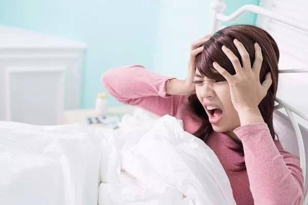 Những triệu chứng thường gặp nhưng ít ai để ý của bệnh u não - Ảnh 4