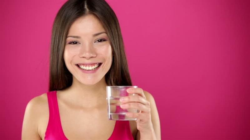 Bác sĩ khẳng định: Uống nước theo cách này giúp thải độc cơ thể, lọc sạch gan thận và giảm cân hiệu quả nhất - Ảnh 1