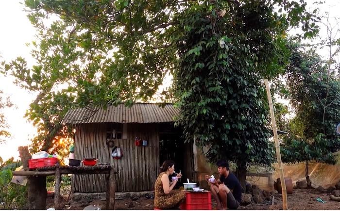 Tất tần tật về Sang Vlog - YouTuber được mệnh danh là 'nghèo nhất Việt Nam' - Ảnh 7