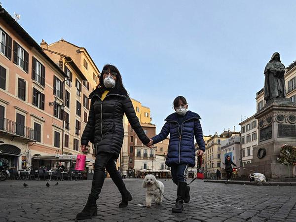Số ca tử vong mới vì Covid-19 tăng kỷ lục tại Italy, cao gấp 10 lần TQ - Ảnh 2