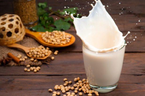 4 sai lầm khi cho bé uống sữa tươi gây ảnh hưởng hệ tiêu hóa - Ảnh 2