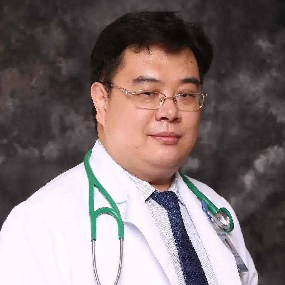 Nổi gân xanh bất thường ở 3 vùng này có thể cảnh báo bệnh tim hoặc có u trong người - Ảnh 1