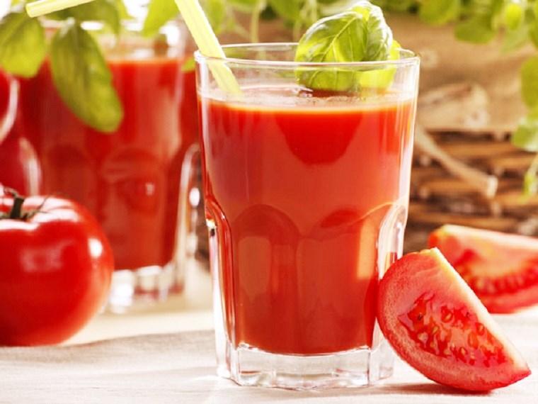 Nước ép cà chua và những công dụng tuyệt vời đối với sức khỏe - Ảnh 1