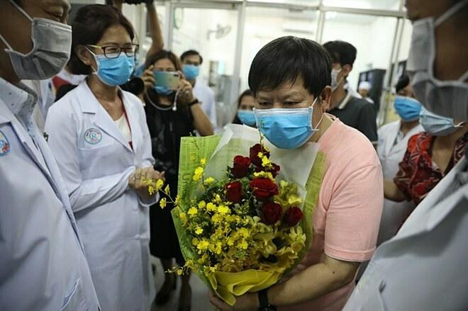 Bệnh nhân viêm phổi corona thứ hai ở TP HCM xuất viện - Ảnh 1