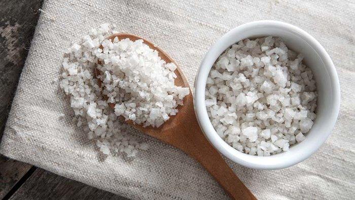 Có ngay 4 công thức tẩy da chết bằng muối vừa đơn giản lại hiệu quả tại nhà - Ảnh 1
