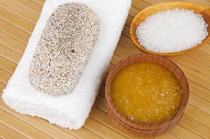 Có ngay 4 công thức tẩy da chết bằng muối vừa đơn giản lại hiệu quả tại nhà - Ảnh 2