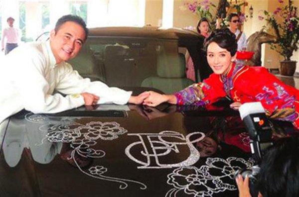 Làm vợ con trai gia tộc giàu nức tiếng Malaysia, đệ nhất mỹ nhân sống như 'nữ hoàng' - Ảnh 6