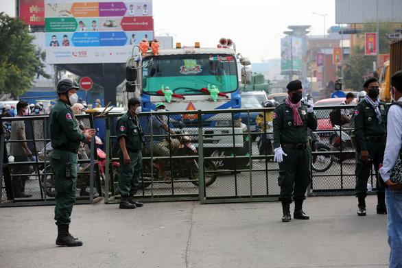 Ca COVID tăng vọt 3 con số, chuyện gì xảy ra ở Campuchia, Thái Lan? - Ảnh 1