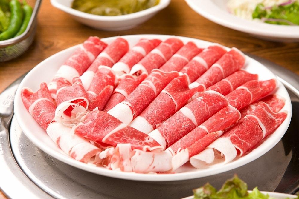 Thịt bò rất tốt, nhưng khi ăn phạm phải những sai lầm này thì rất tiếc, mọi người phải biết mà tránh xa để bảo vệ sức khỏe - Ảnh 2