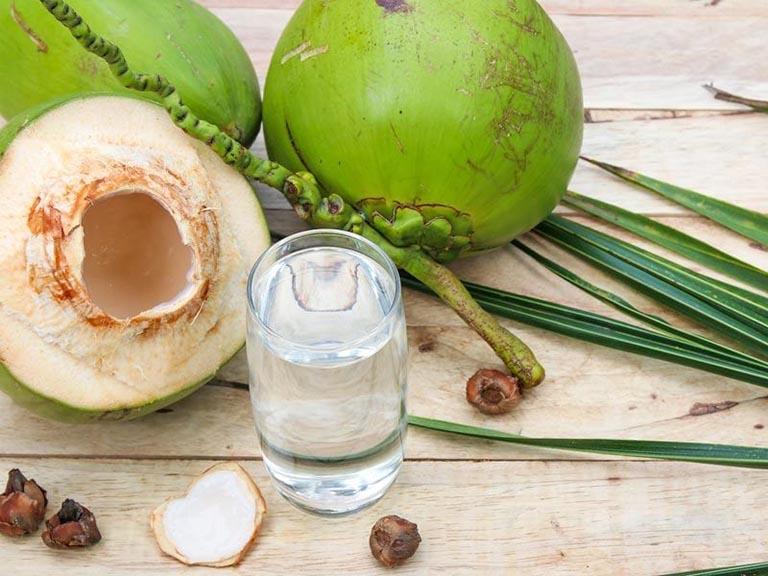 Những lợi ích tuyệt vời của nước dừa đối với mẹ bầu - Ảnh 1